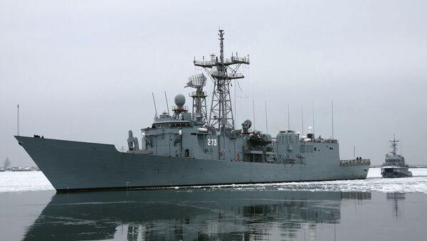 Ракетный фрегат  ВМФ Польши. Архивное фото