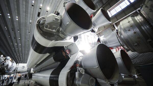 Сборка ракет-носителей Протон в центре имени Хруничева. 25 февраля 2015