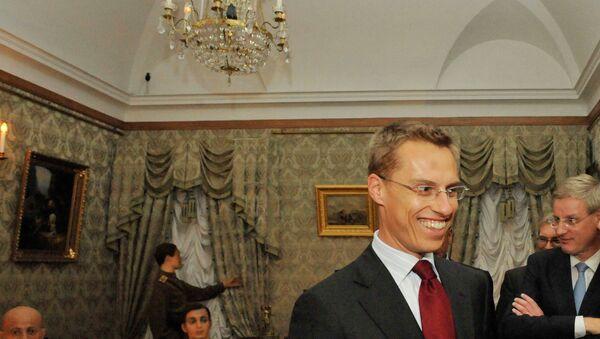Министр иностранных дел Финляндии Александер Стубб (слева ) в Круглой гостиной Юсуповского дворца