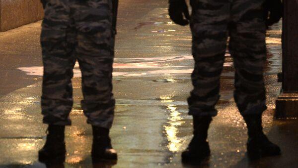 На месте убийства политика Бориса Немцова, который был застрелен на Москворецком мосту.