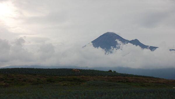 Мексиканский вулкан Колима