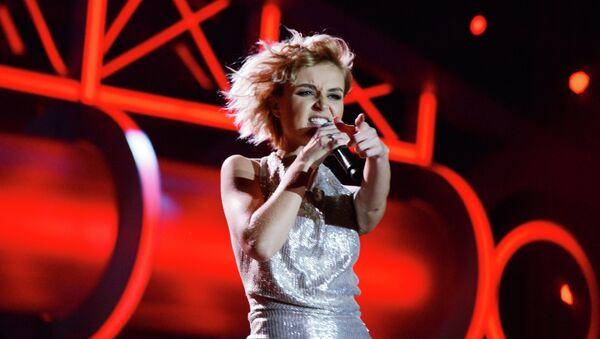 Певица Полина Гагарина выступает на музыкальном фестивале Песня года 2014. Архивное фото
