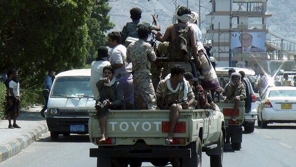 Армейский патруль в городе Аден, Йемен.