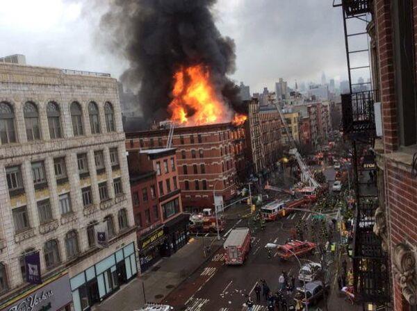 Обрушение жилого дома в Нью-Йорке