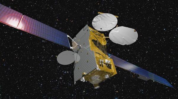 Телекоммуникационный спутник Экспресс-АМ7. Архивное фото