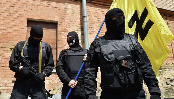 Сторонники радикального движения Правый сектор. Архивное фото.