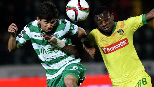 Матч между командами Спортинг и Пасуш де Феррера в чемпионате Португалии по футболу