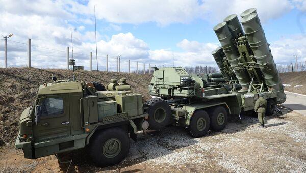 Зенитный ракетный комплекс Триумф С-400, архивное фото