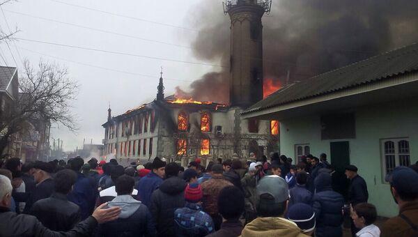 Пожар в центральной городской мечети города Кизляра, Дагестан