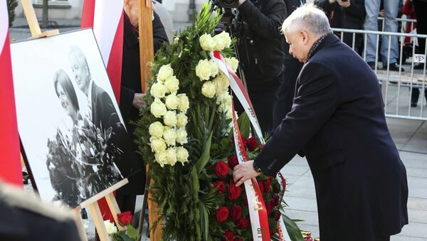 Ярослав Качиньский во время мемориальных мероприятий, посвященных годовщине авиакатастрофы Ту-154 М под Смоленском. Варшава, Польша