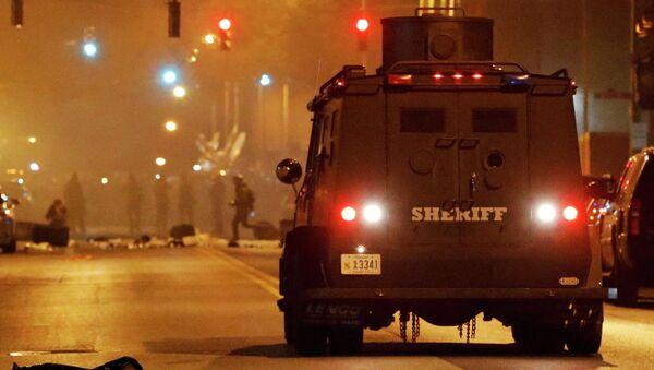 Полиция на одной из улиц Балтимора, США