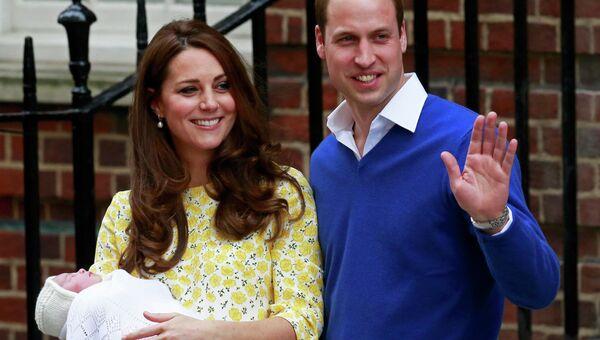 Принц Уильям, герцогиня Кембриджская Кейт и их новорожденная дочка