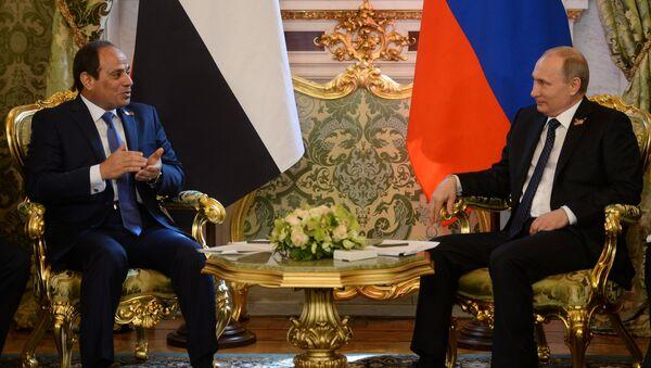 Президент России Владимир Путин встретился с президентом Египта Абделем Фатахом ас-Сиси