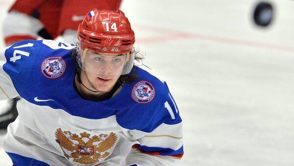Игрок сборной России Виктор Тихонов