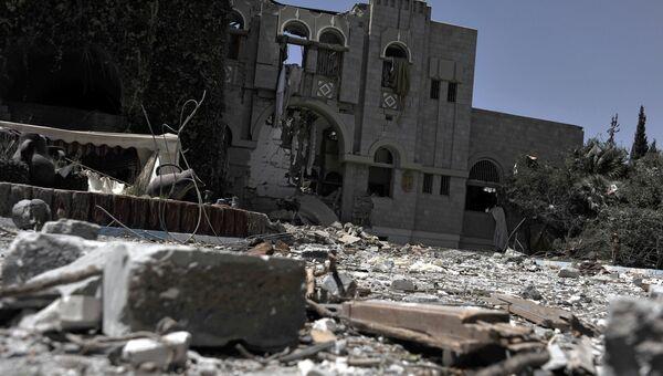 Авиация коалиции арабских стран нанесла авиаудары по резиденции экс-президента Йемена Али Абдаллы Салеха. Архивное фото