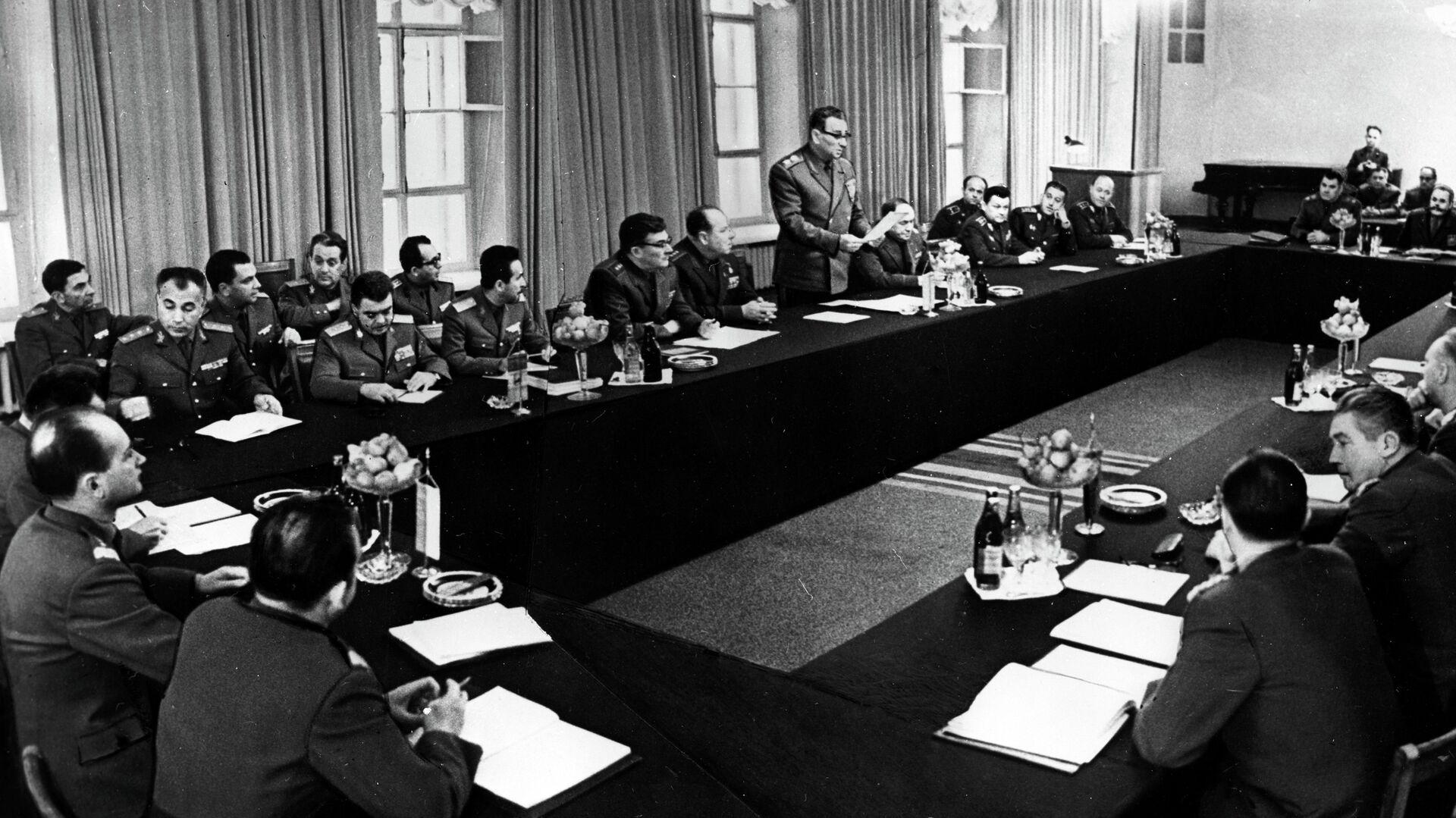 Совещание министров обороны государств-участников Варшавского Договора. 1968 год  - РИА Новости, 1920, 31.03.2021
