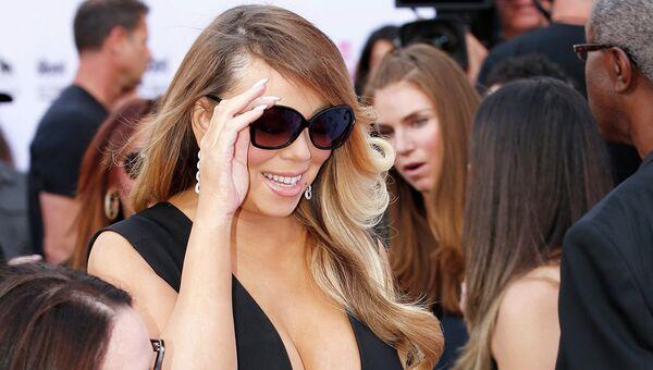 Американская певица Мэрайя Кэри на церемонии вручения премии Billboard Music Awards. 17 мая 2015