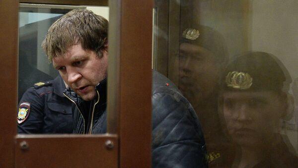 Известный боец смешанных единоборств Александр Емельяненко в Симоновсоком суде Москвы. Архивное фото