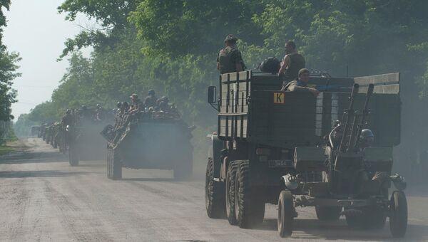 Колонна с украинскими военными. архивное фото