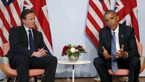 Встреча президента США Барака Обамы с премьер-министром Великобритании Дэвидом Кэмероном на полях саммита G7 в Германии