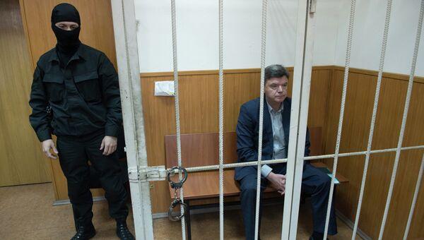 Председатель думы Хабаровского края Виктор Чудов в Басманном суде города Москвы