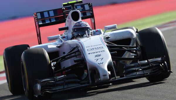 Болид  команды Уильямс в гонке Формулы-1. Архивное фото