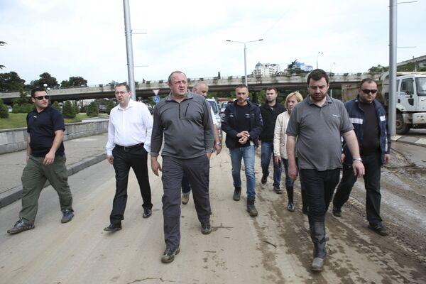 Президент Грузии Георгий Маргвелашвили в пострадавшем от наводнения Тбилиси