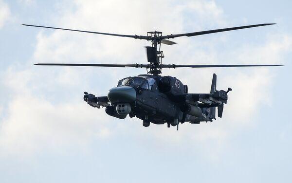Вертолет Ка-52 во время демонстрационной программы Международного военно-технического форума Армия-2015
