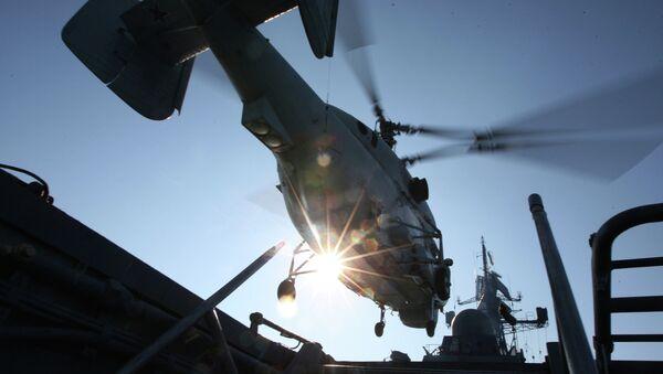 Взлет противолодочного вертолета К-27 ПЛ с палубы