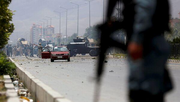На месте атаки боевиков на здание парламента в Кабуле. Афганистан, июнь 2015