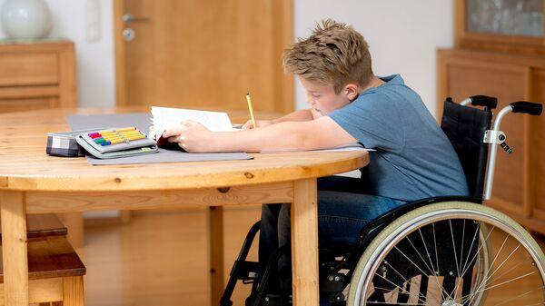 Школьник с ограниченными возможностями здоровья