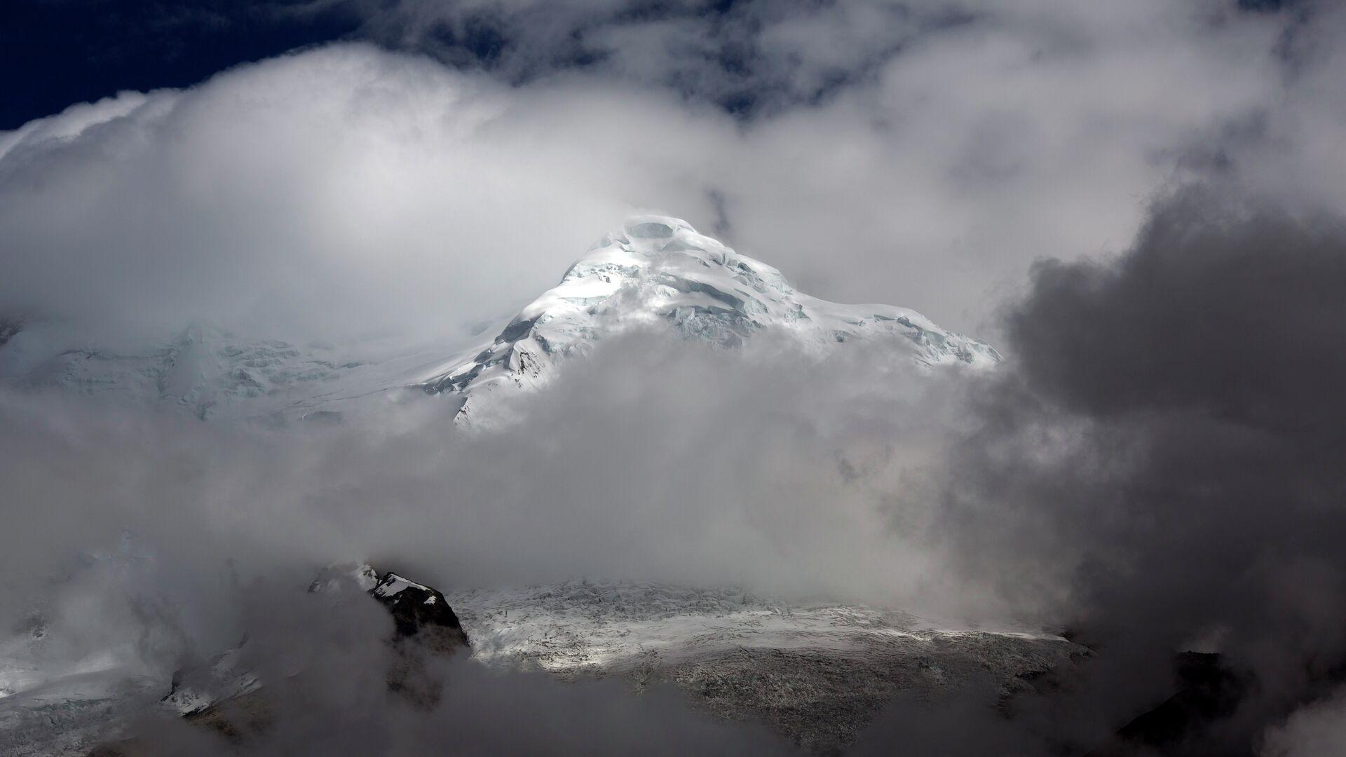 Ледник Уаскаран на горе Токъяраху в Уарас, Перу - РИА Новости, 1920, 13.12.2020