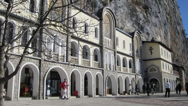 Зарубежные страны. Виды Черногории.  Архивное фото