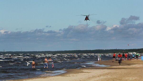 Пляж Юрмалы. Архивное фото