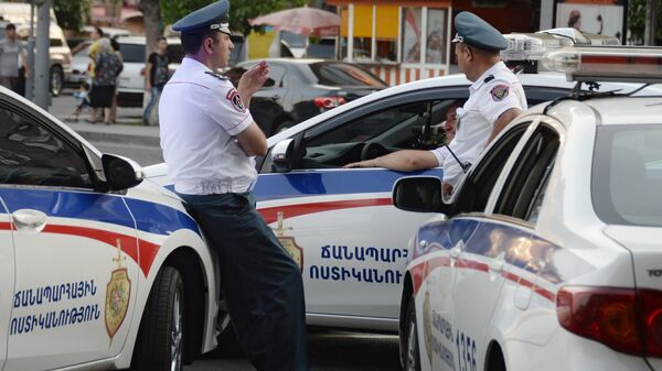 Сотрудники правоохранительных органов в Армении. Архивное фото