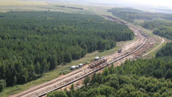 Строительство магистрального газопровода. Архивное фото