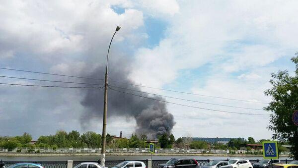 Пожар на заводе ЗИЛ в Москве