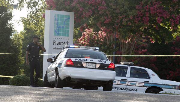 Полиция на месте стрельбы в Чаттануге, штат Теннесси, США, 16 июля 2015
