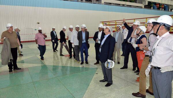 Делегация постпредов при МАГАТЭ в машинном зале третьего блока Ростовской АЭС
