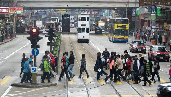Одна из улиц Гонконга, архивное фото