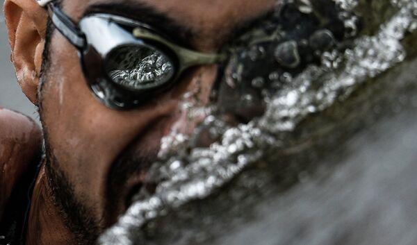 Салех Мохаммед (Сирия) на дистанции 25 км на открытой воде среди мужчин на FINA 2015