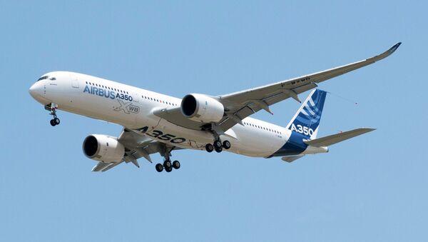 Самолет Airbus A350. Архивное фото