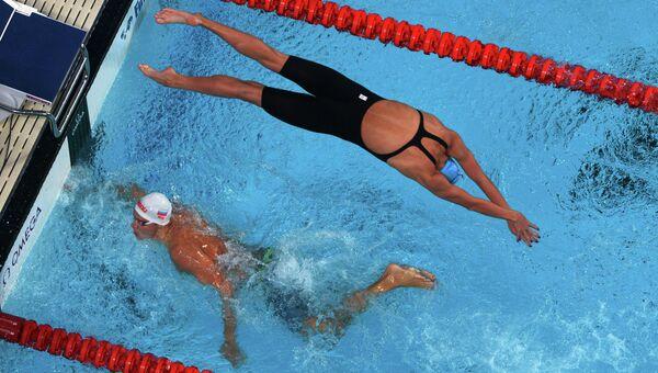 Российские пловцы на смешанной эстафете в финале XVI чемпионата мира по водным видам спорта в Казани