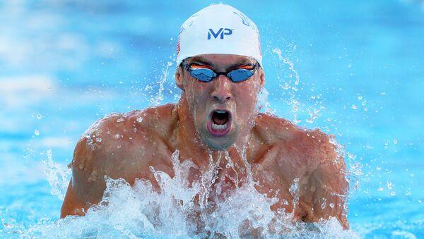 Майкл Фелпс  на 200-метровке комплексным плаванием на чемпионате США, 9 августа 2015