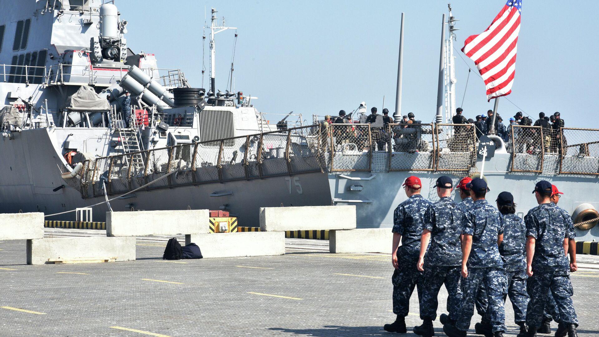 Украинско-американские военные учения Sea Breeze-2015 в Черном море - РИА Новости, 1920, 28.01.2021