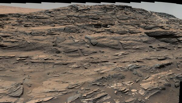 Марсоход Curiosity сделал панораму дюн Марса