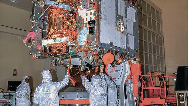 Обсерватория AstroSat перед отправкой на космодром. Архивное фото