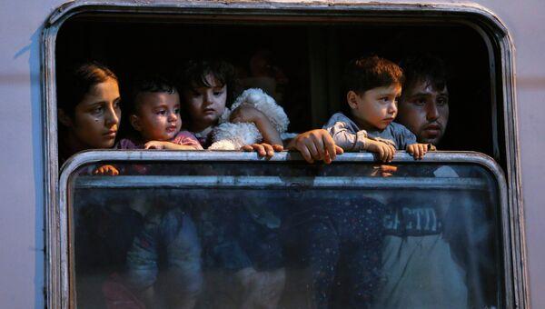 Мигранты в хорватском поезде