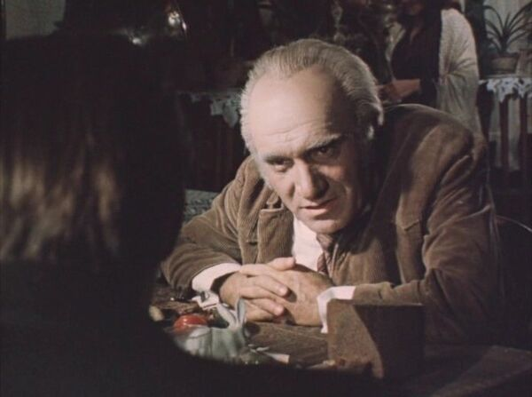 Кадр из фильма Место встречи изменить нельзя
