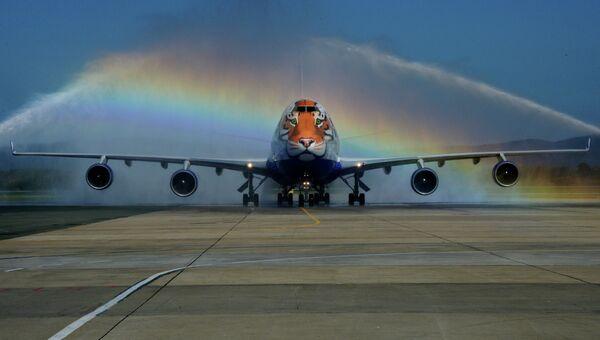 Самолет авиакомпании Трансаэро. Архивное фото